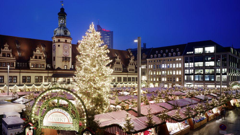 Eingang zum Weihnachtsmarkt Leipzig